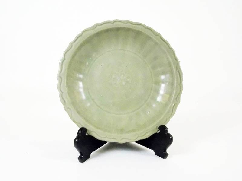 14th/15th c. Chinese Longquan Celadon Charger