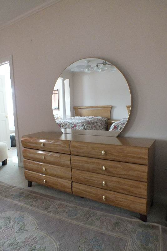 Contemporary style dresser with round detachable mirror for Modern furniture inc