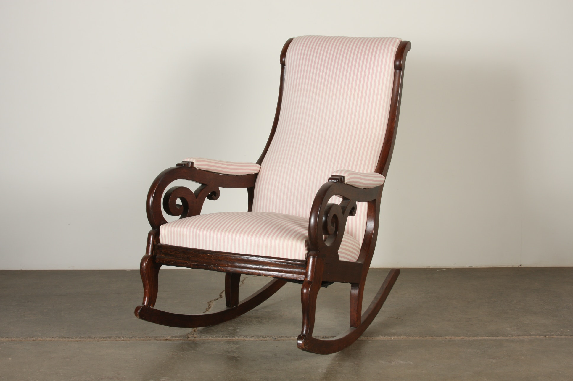Victorian walnut rocking chair. & Vintage Chairs Antique Chairs and Retro Chairs Auction in EBTH ...