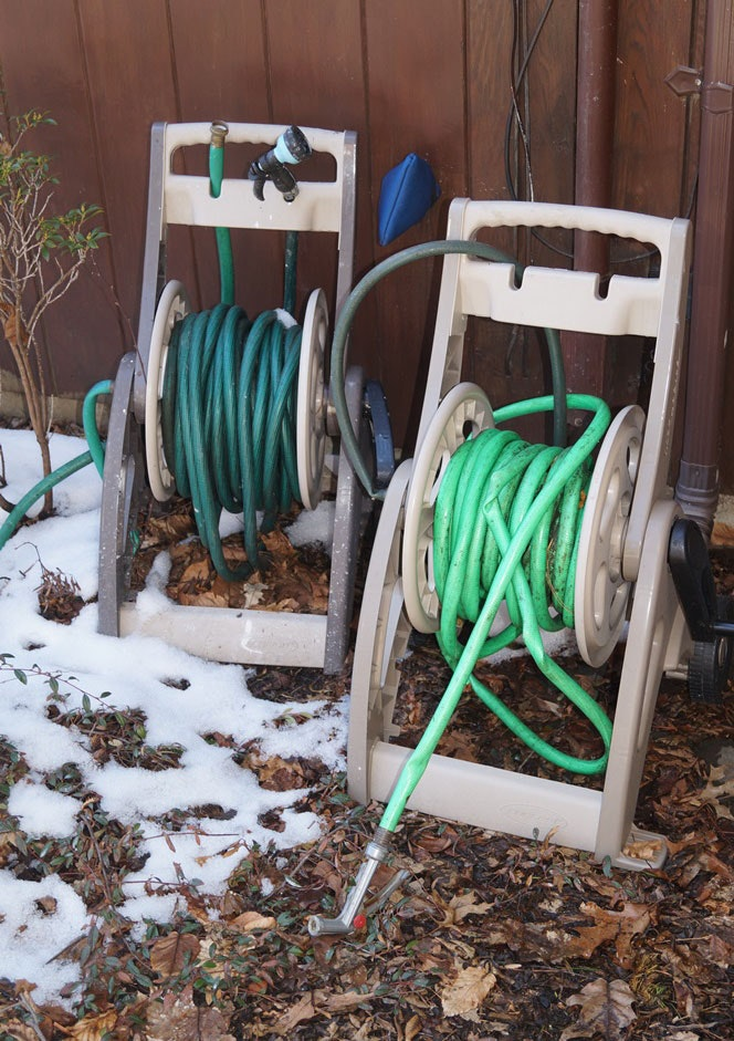 Two Mobile Hoses