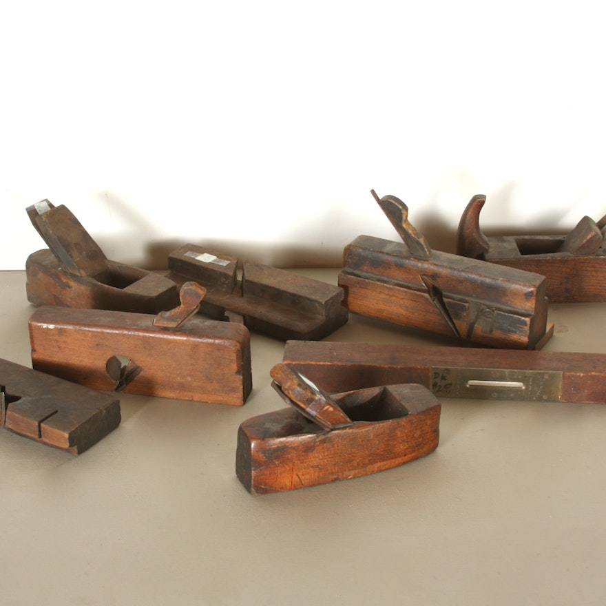late 1700 39 s early 1800 39 s collection of vintage hand planes ebth. Black Bedroom Furniture Sets. Home Design Ideas