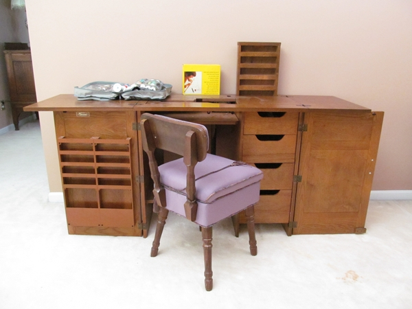 Parsons Sewing Cabinet & Chair : EBTH