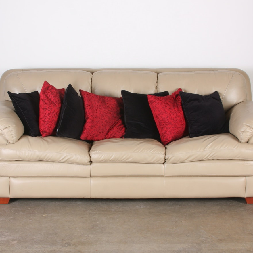 7203 Three Piece Sectional Sofa By Futura Leather: Superb Creations Futura Leather