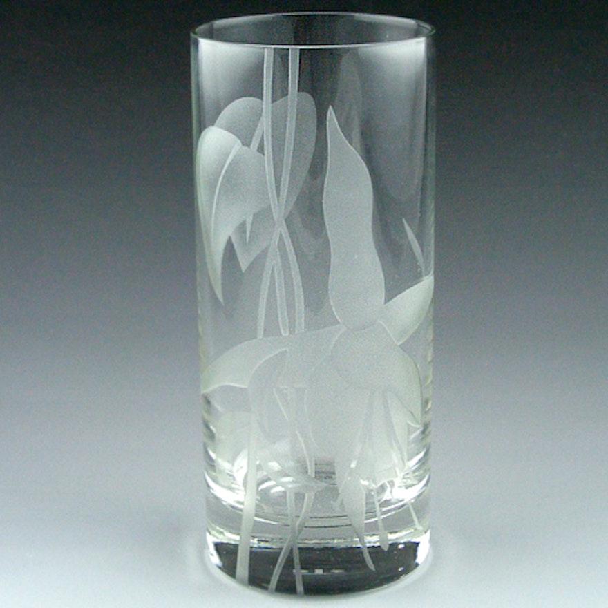 Dorothy Thorpe Etched Vase Ebth