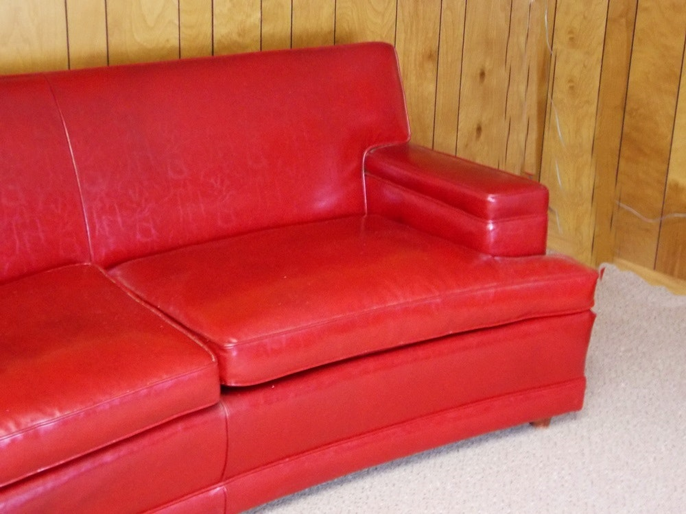 Vintage 1960 S Red Naugahyde Sofa Ebth