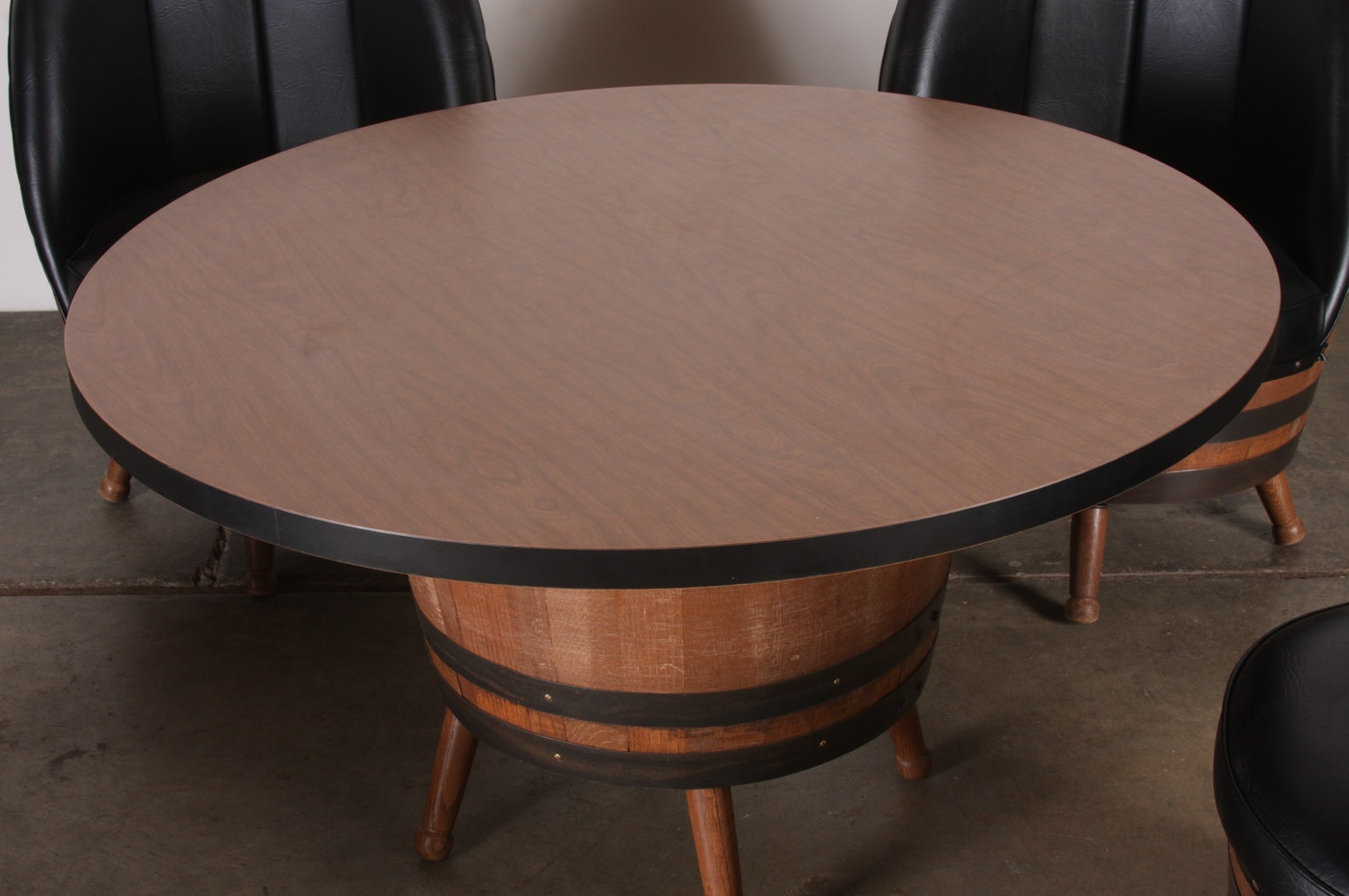1960 S 70 S Vintage Whiskey Barrel Dining Set With Table Amp 4 Black Vinyl Chairs Ebth