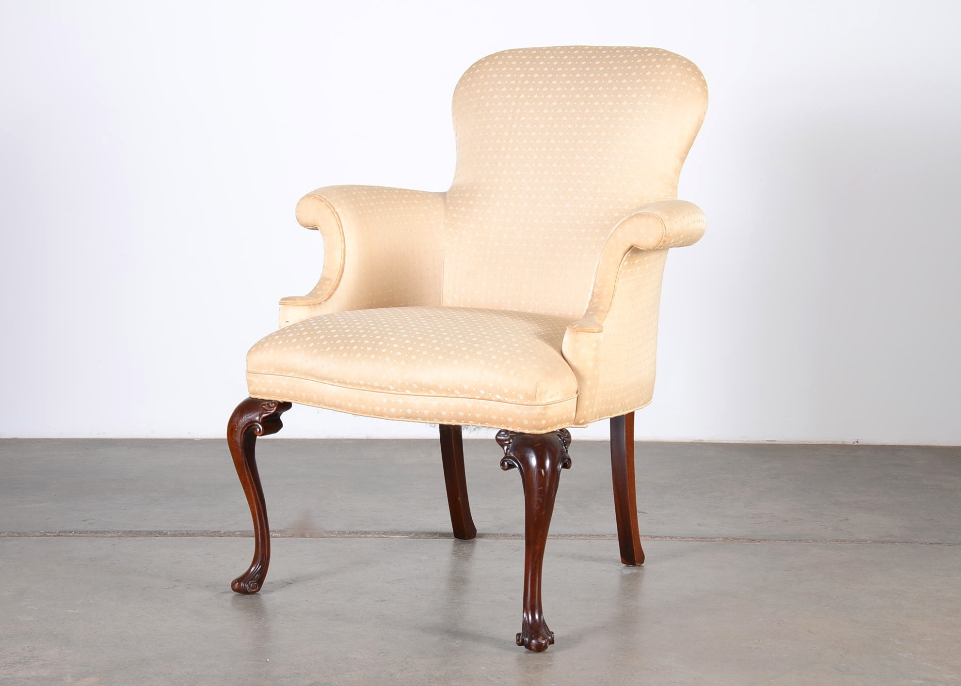 Exceptionnel Queen Anne Style Wing Chair By Southwood Furniture Corp.