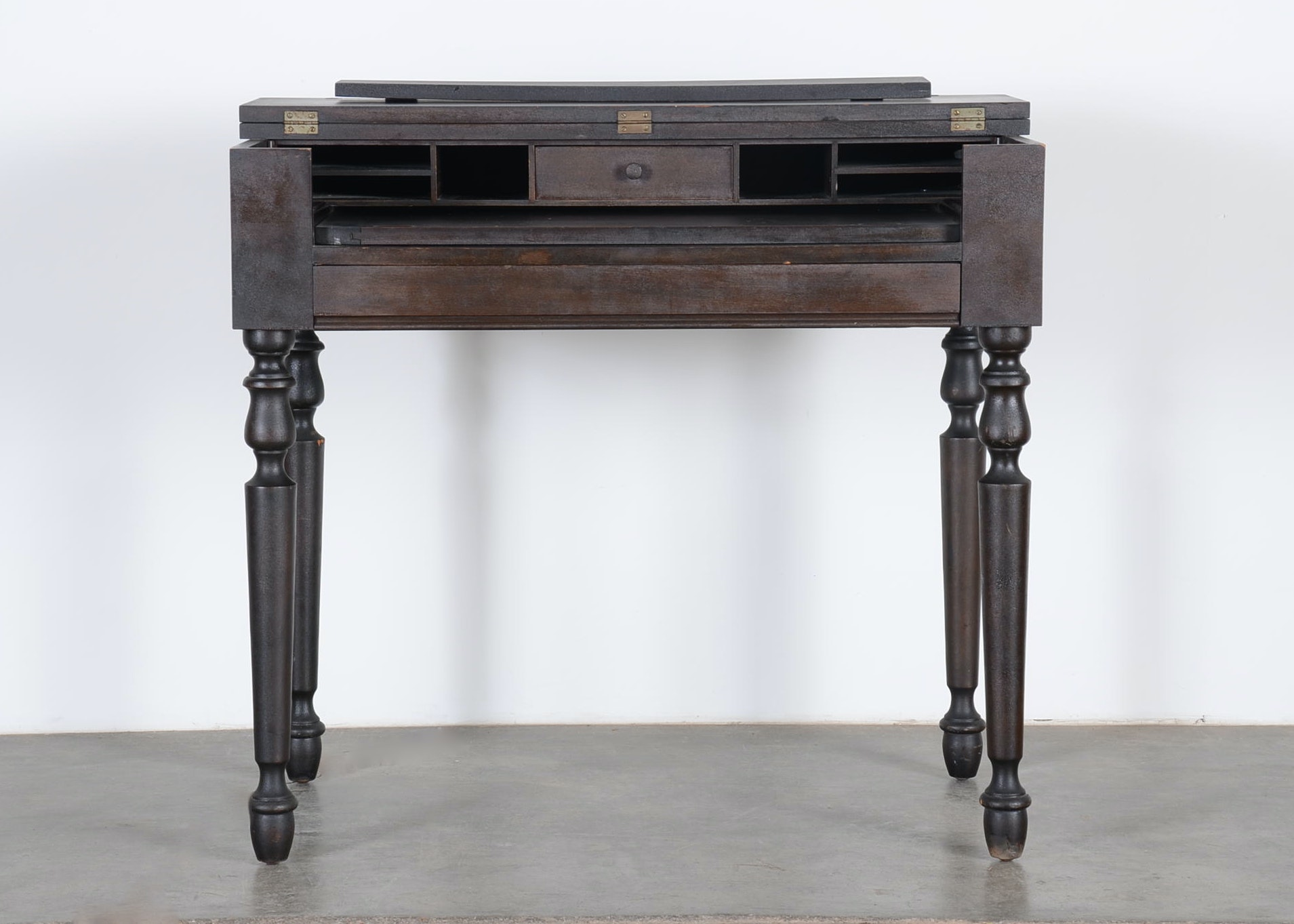 H E Shaw Furniture Co Spinet Desk Ebth