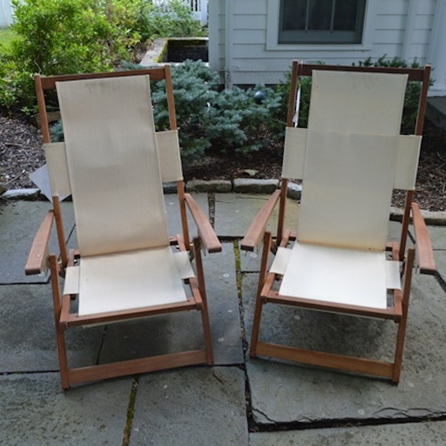 Crate and Barrel Canvas and Wood Folding Beach Chairs ... - Crate And Barrel Canvas And Wood Folding Beach Chairs : EBTH