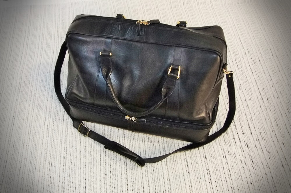 designer purse sale zn4e  Italian Genuine Black Leather Carry On Duffel Bag