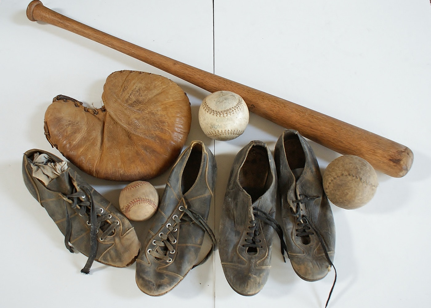 Vintage Baseball Gear 26