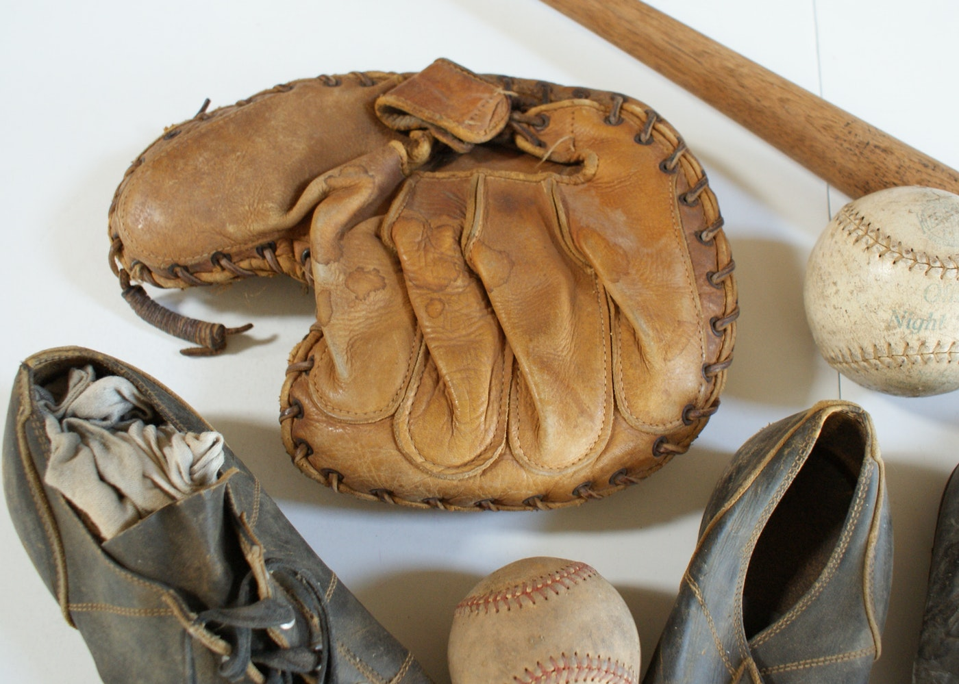 Vintage Baseball Gear 32
