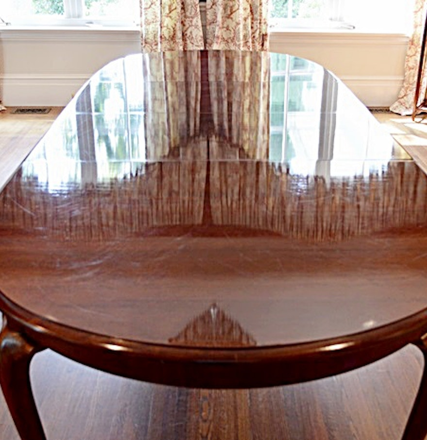 Thomasville queen anne style cherry dining room table ebth for Dining room queen anne