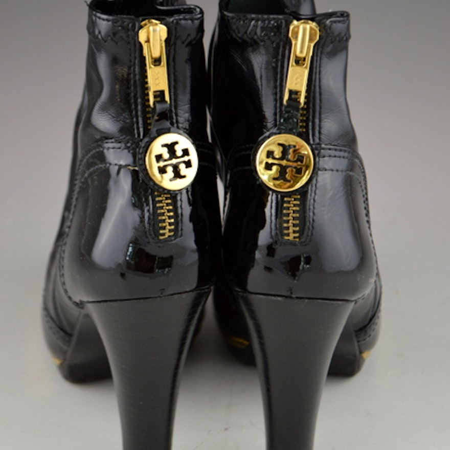 b480f4adf21e4f Tory Burch Melrose Black Patent Leather High Heel Ankle Boots Size 8    Whimsical Change Purse   EBTH