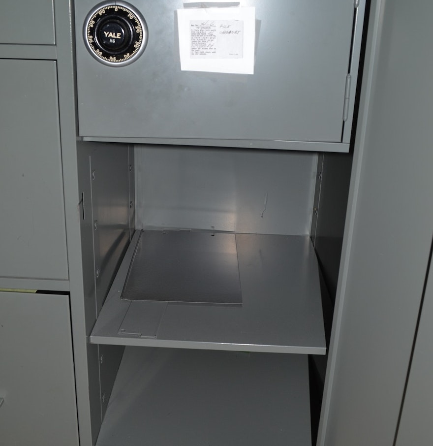 3 Drawer File Cabinet With Safe Ebth