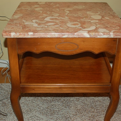 Vintage tables antique tables and retro tables auction in for Table 52 parking