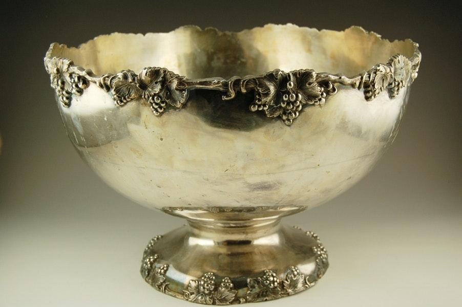 Crescent Silver Plate Bowl