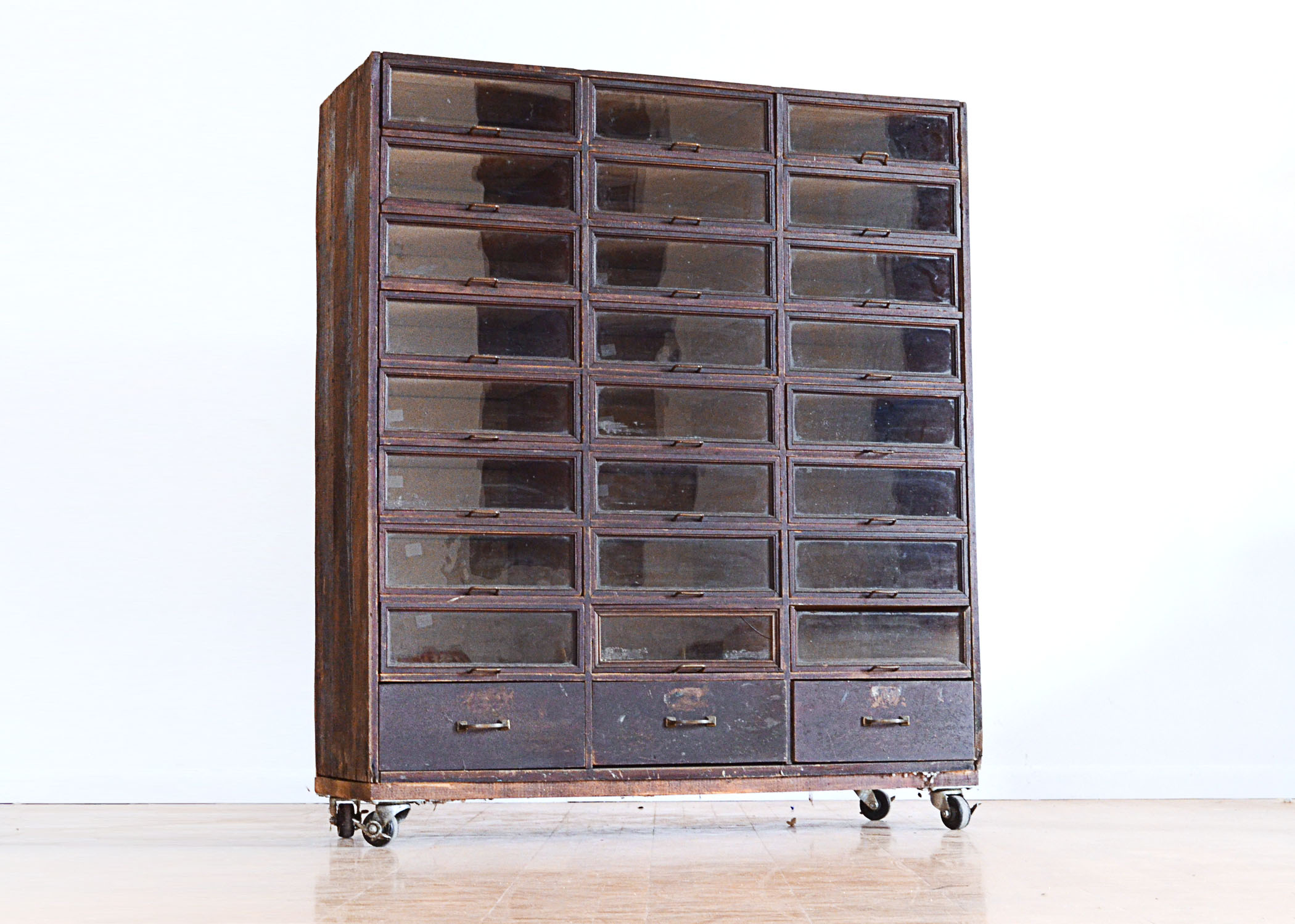 Antique General Store Cabinet : EBTH