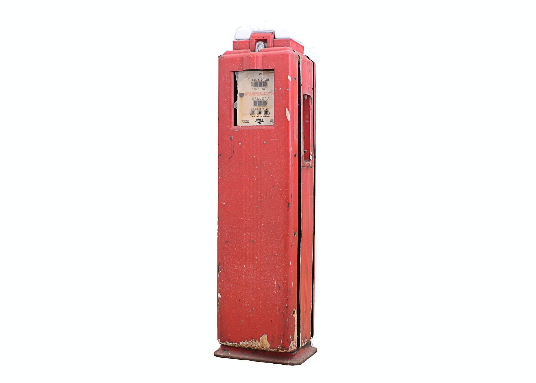 Vintage Erie 71, Ashland Oil Gas Pump