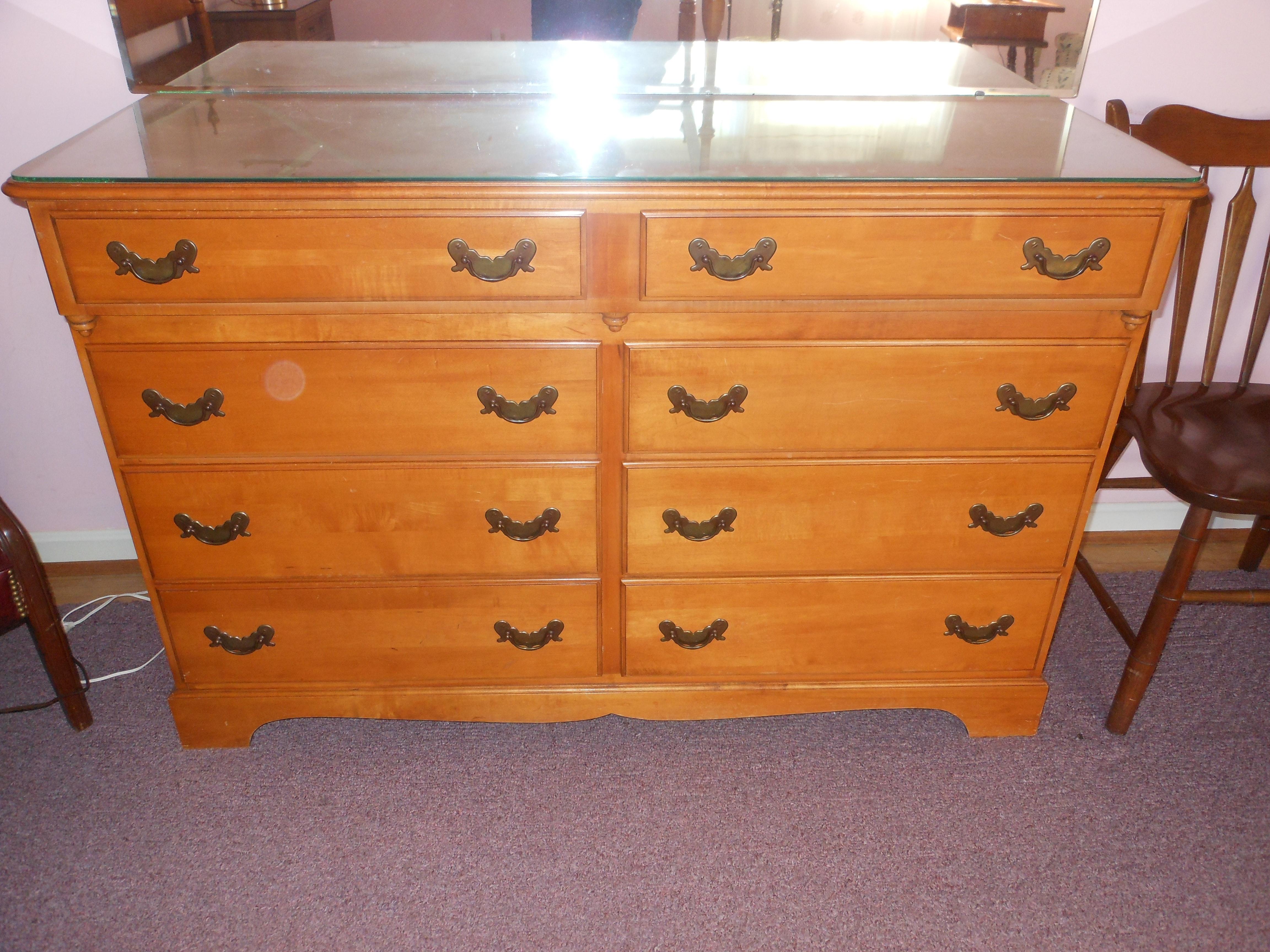 Vintage Sterling House Maple Dresser ...