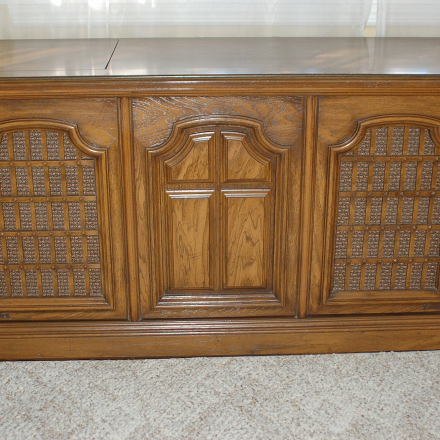 Magnavox Vintage Console Stereo