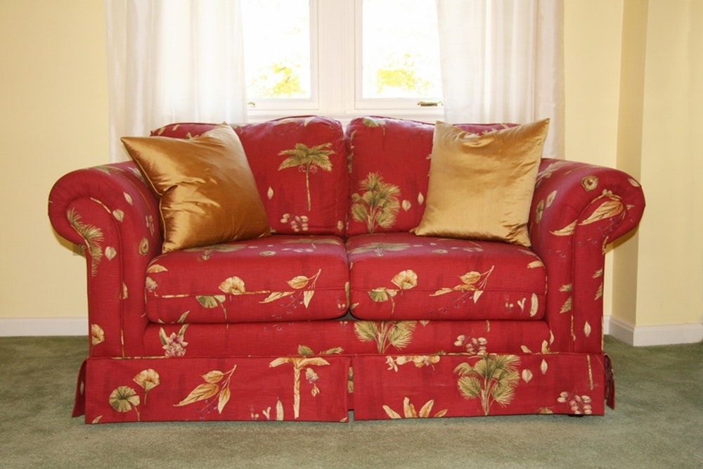 Hillcraft Loveseat ...