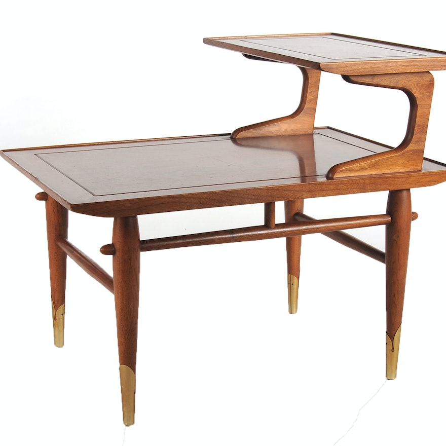 mid century modern solid walnut end table ebth. Black Bedroom Furniture Sets. Home Design Ideas
