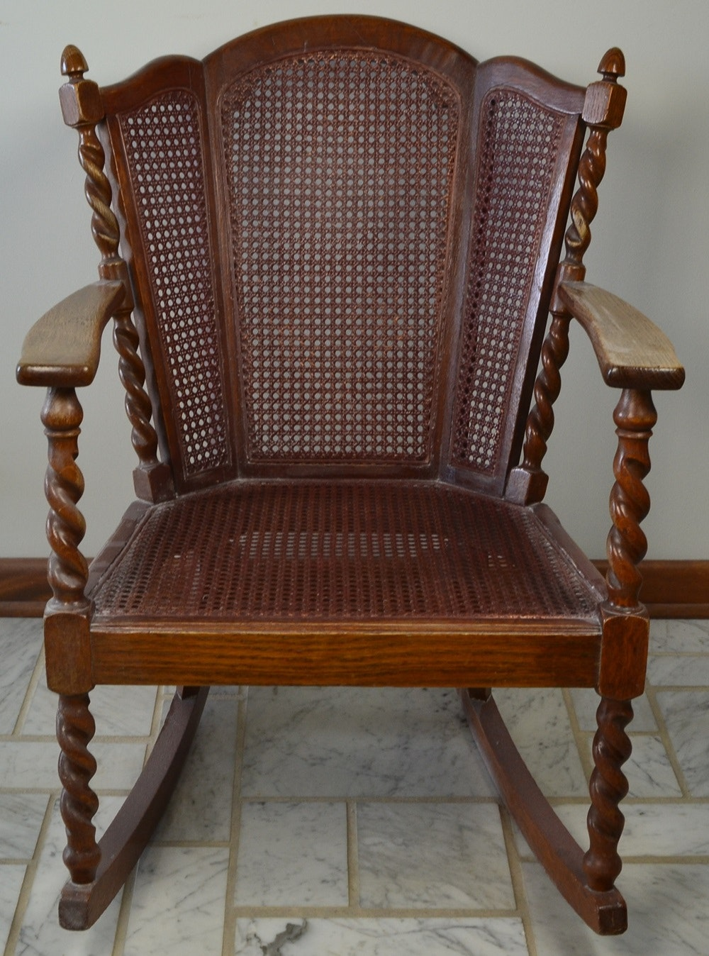 Early 1900s Rocking Arm Chair With Spiral Legs Ebth & Early 1900 Furniture Styles - Best Image Middleburgarts.Org