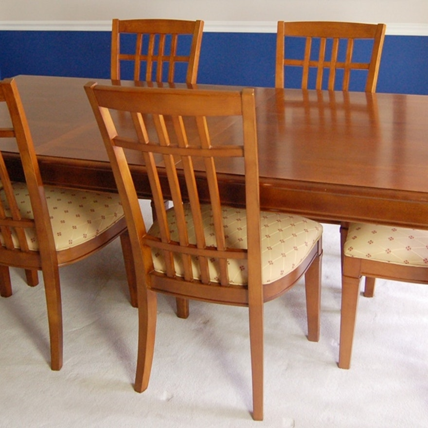 Thomasville Cherry Finish Dining Room Table and Chairs