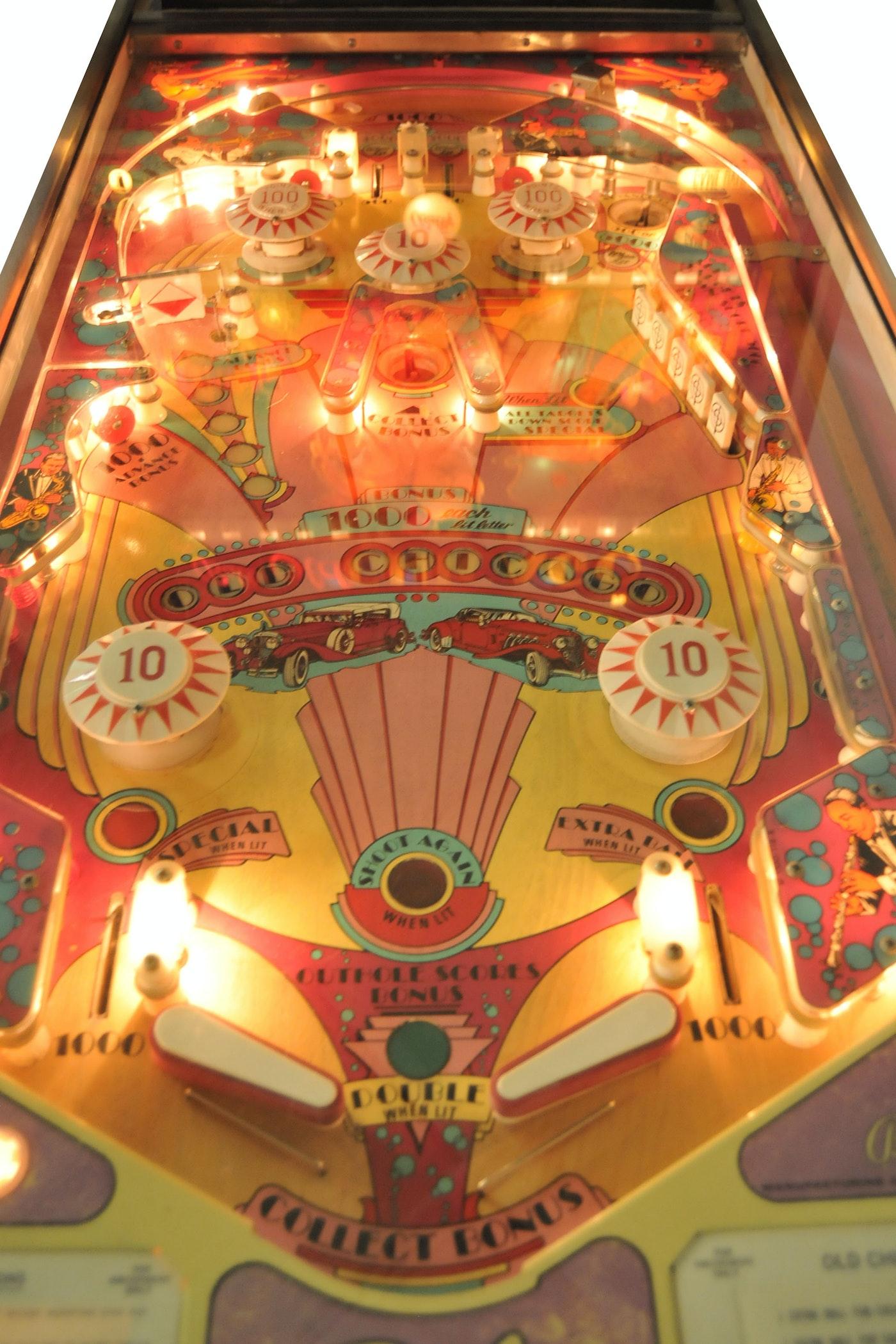 Webster Auto Sales >> Vintage Bally Old Chicago Pinball Machine | EBTH