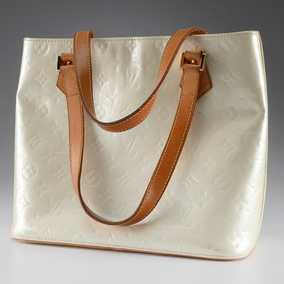 eee551263acf Vintage Louis Vuitton Ivory Cuir Verni Patent Monogram Leather Handbag