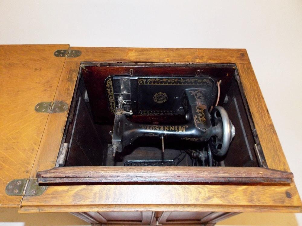 minnesota sewing machine cabinet