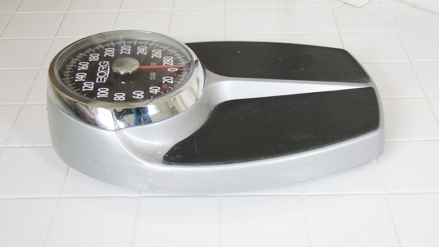 Borg big foot bath scale ebth for Big w bathroom scales