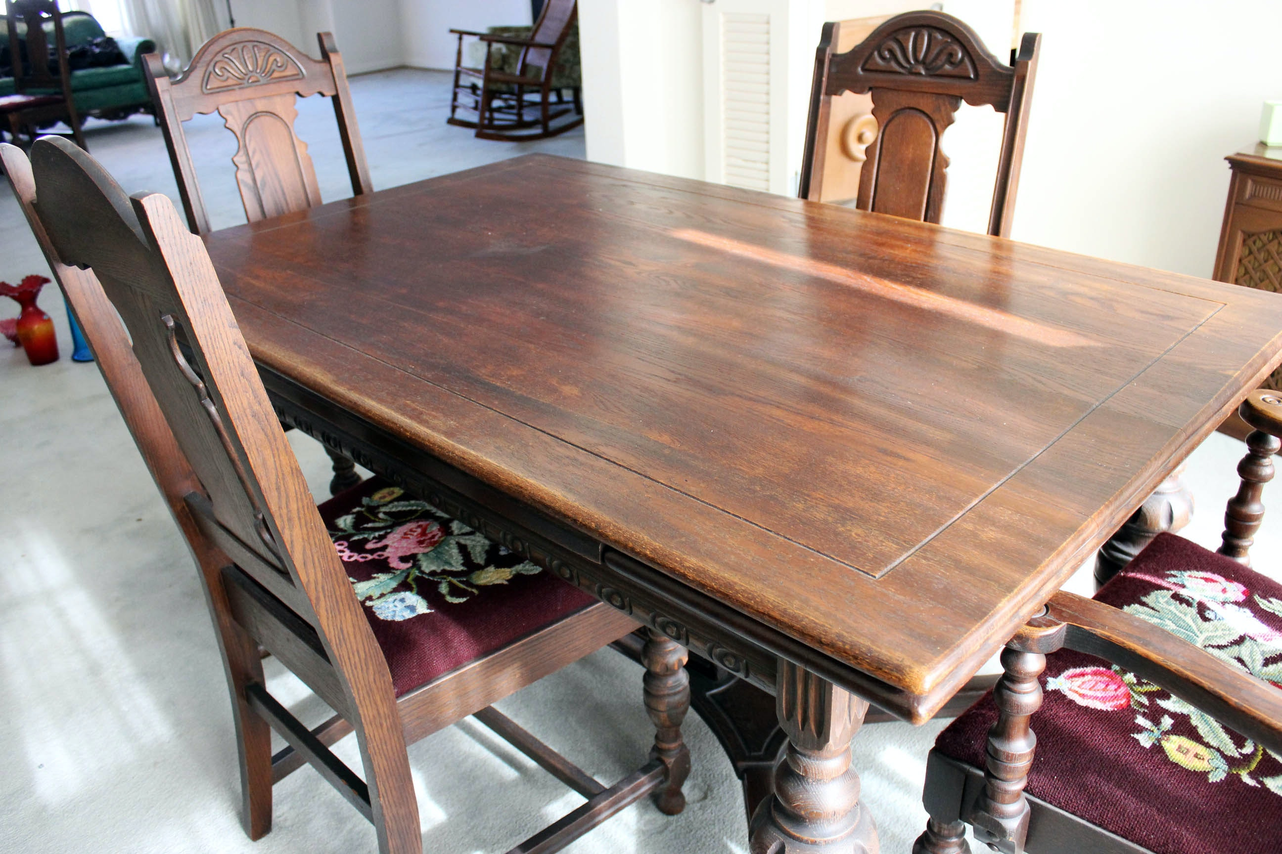 Tudor Style Wood Carved Dining Room Table U0026 Chairs ...