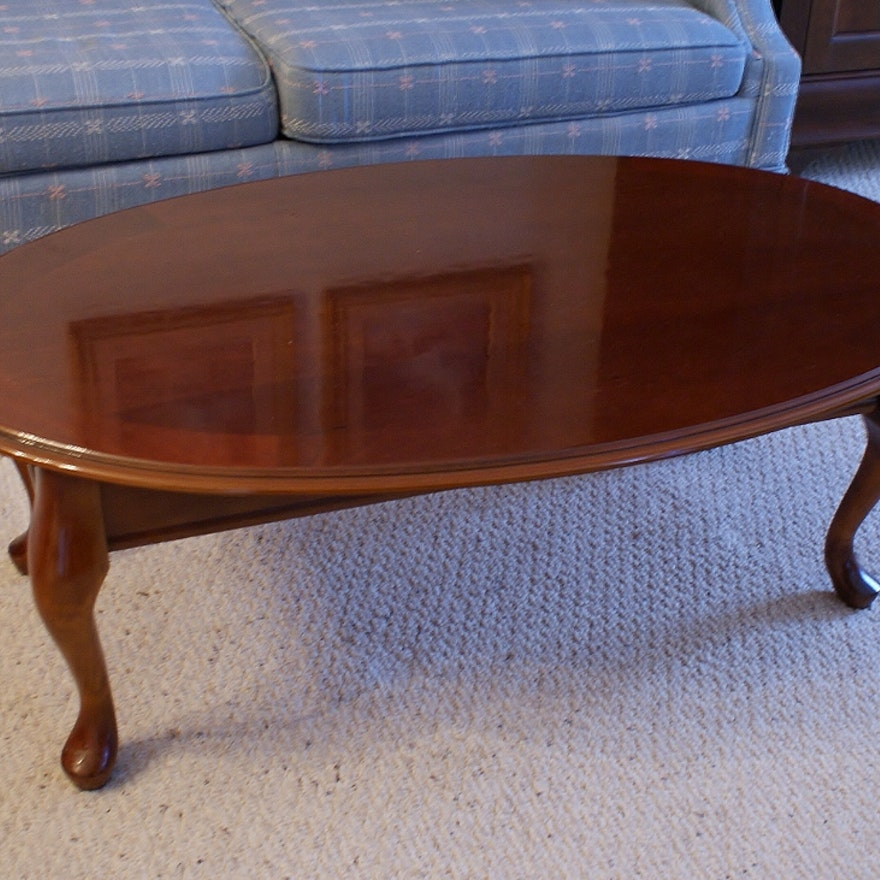 Oval Queen Anne Style Mahogany Veneer Coffee Table