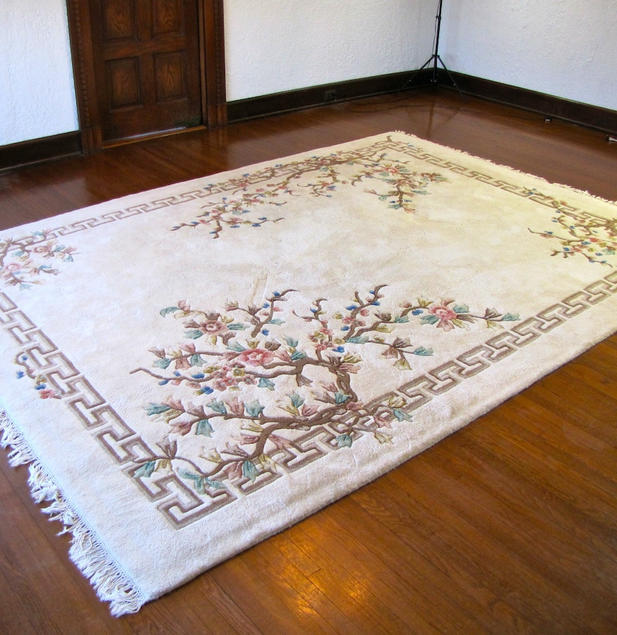 Large Plush Wool Area Rug : EBTH