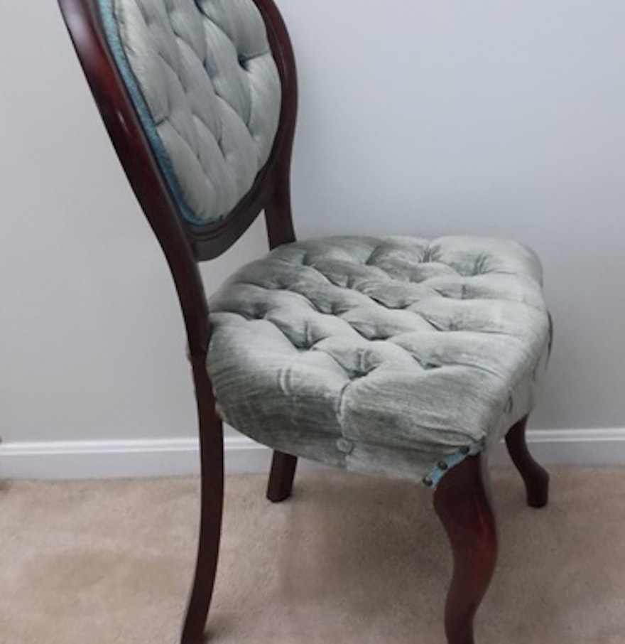 Victorian style chair - Victorian Style Balloon Back Tufted Chair