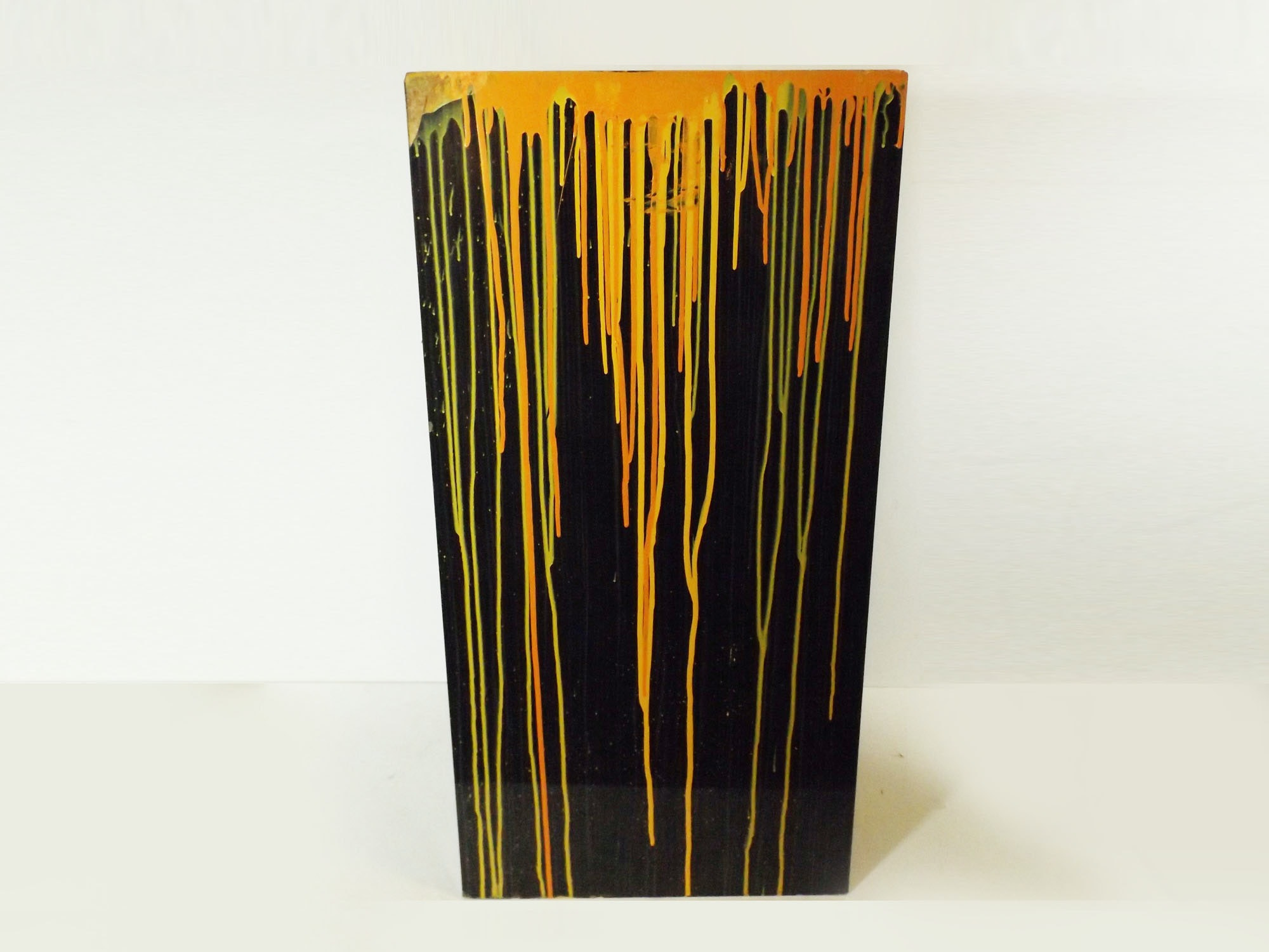 Drip-Painted Laminate Pedestal