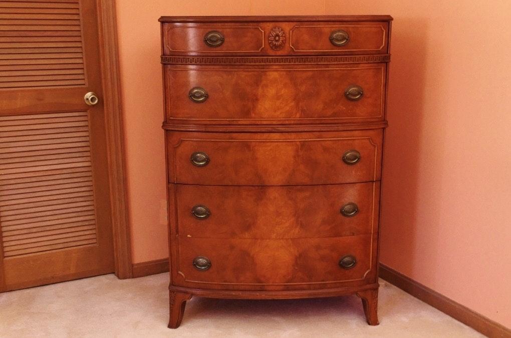 Hepplewhite Style Myrtle Gentleman's Dresser