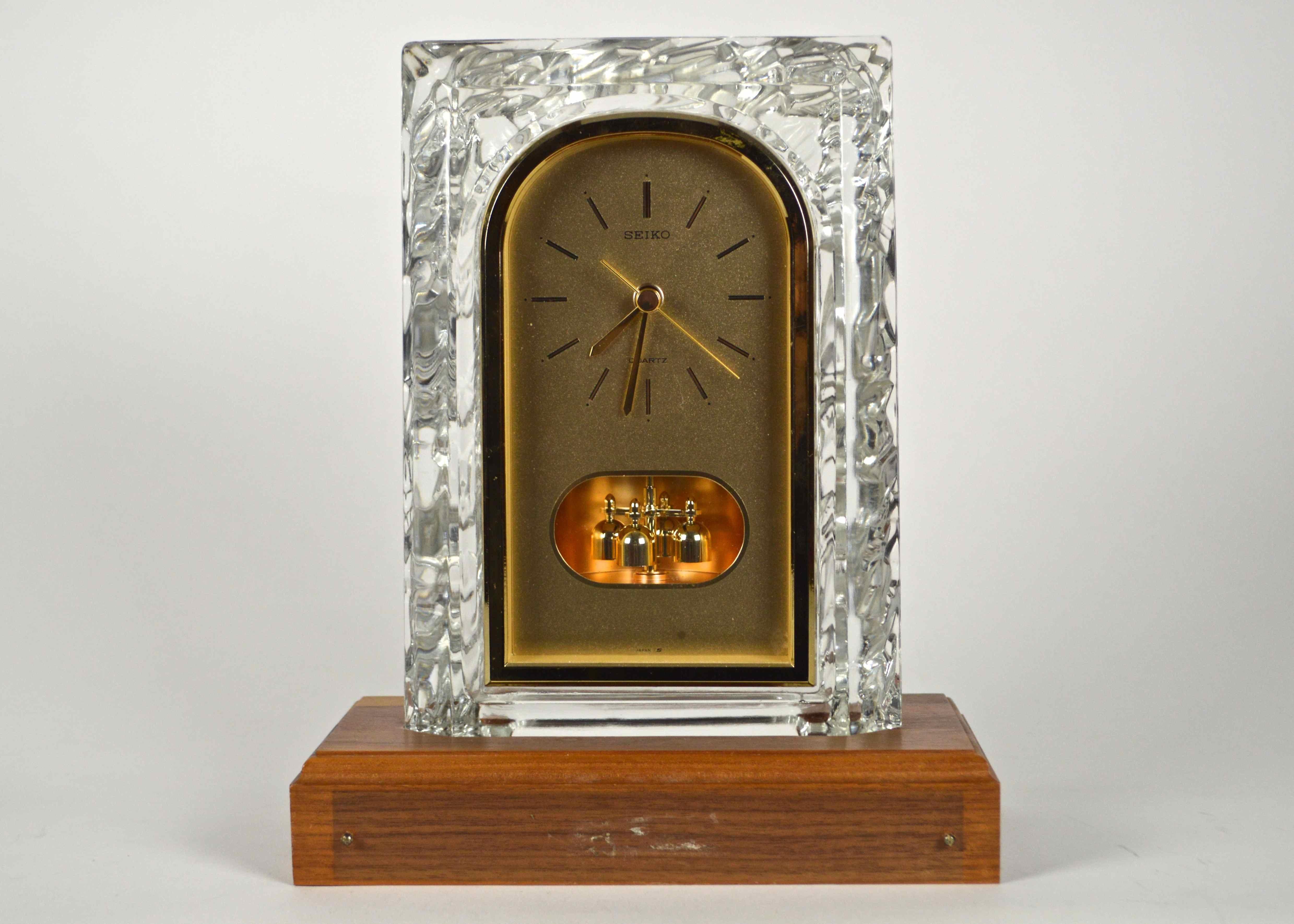 Seiko glass mantel clock