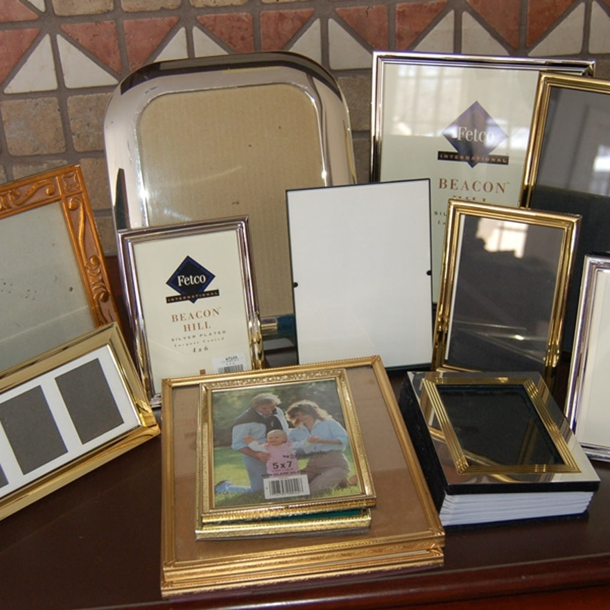 bd98d9d1290a Assorted Silver and Gold Tone Picture Frames   EBTH