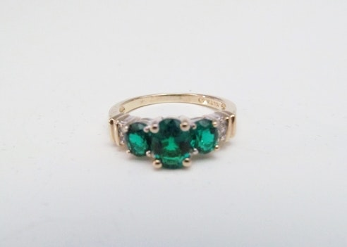 Three Stone Emerald and 10k Yellow Gold Women's Ring, Size 6.75