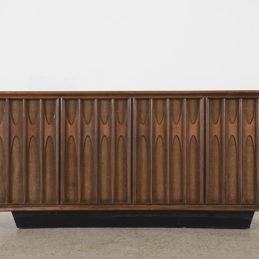 New Vista Victrola Sold State Console Stereo Model VHT-61-W