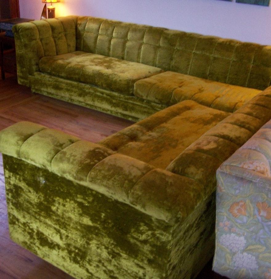 International furniture plush vintage sectional sofa ebth for Large plush sectional sofa