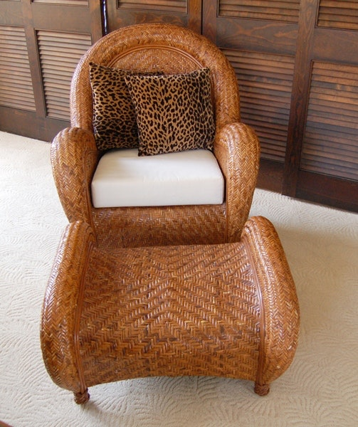 Awesome Pottery Barn Rattan Chair And Ottoman ...