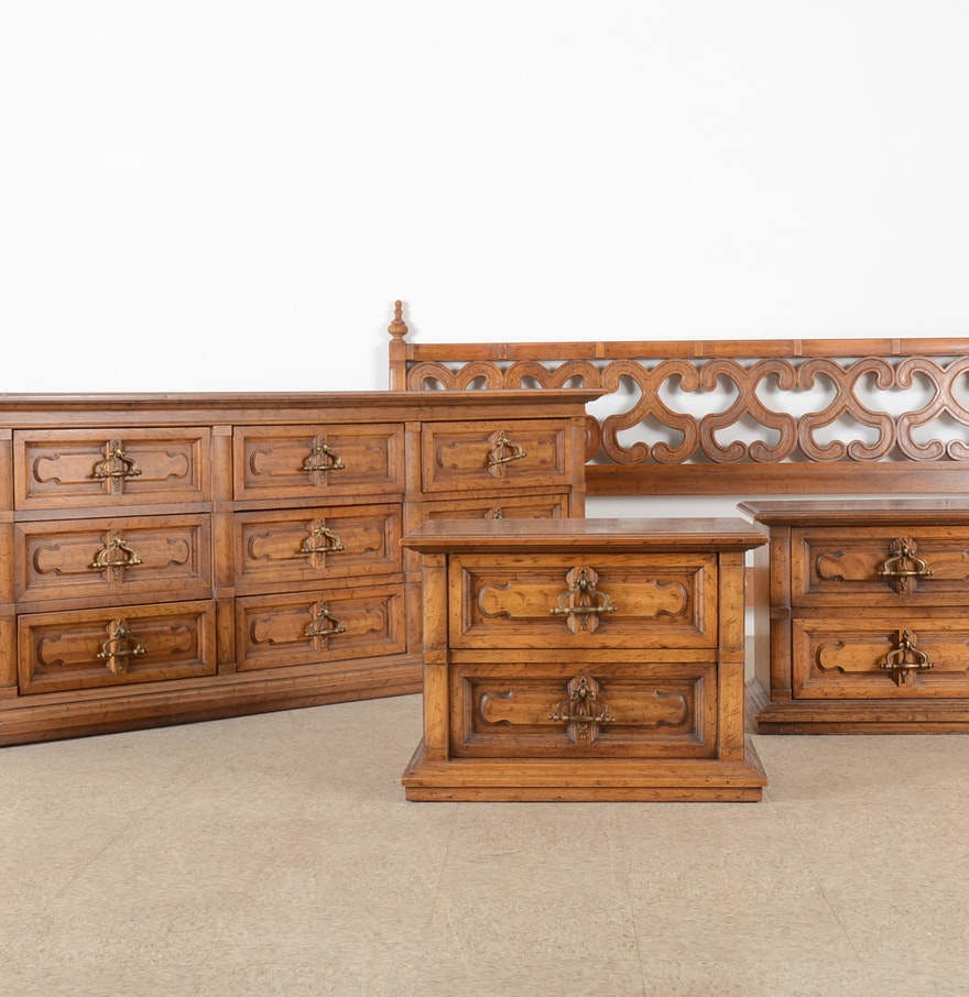 1970s mediterranean style drexel bedroom set ebth for Mediterranean style bedroom furniture