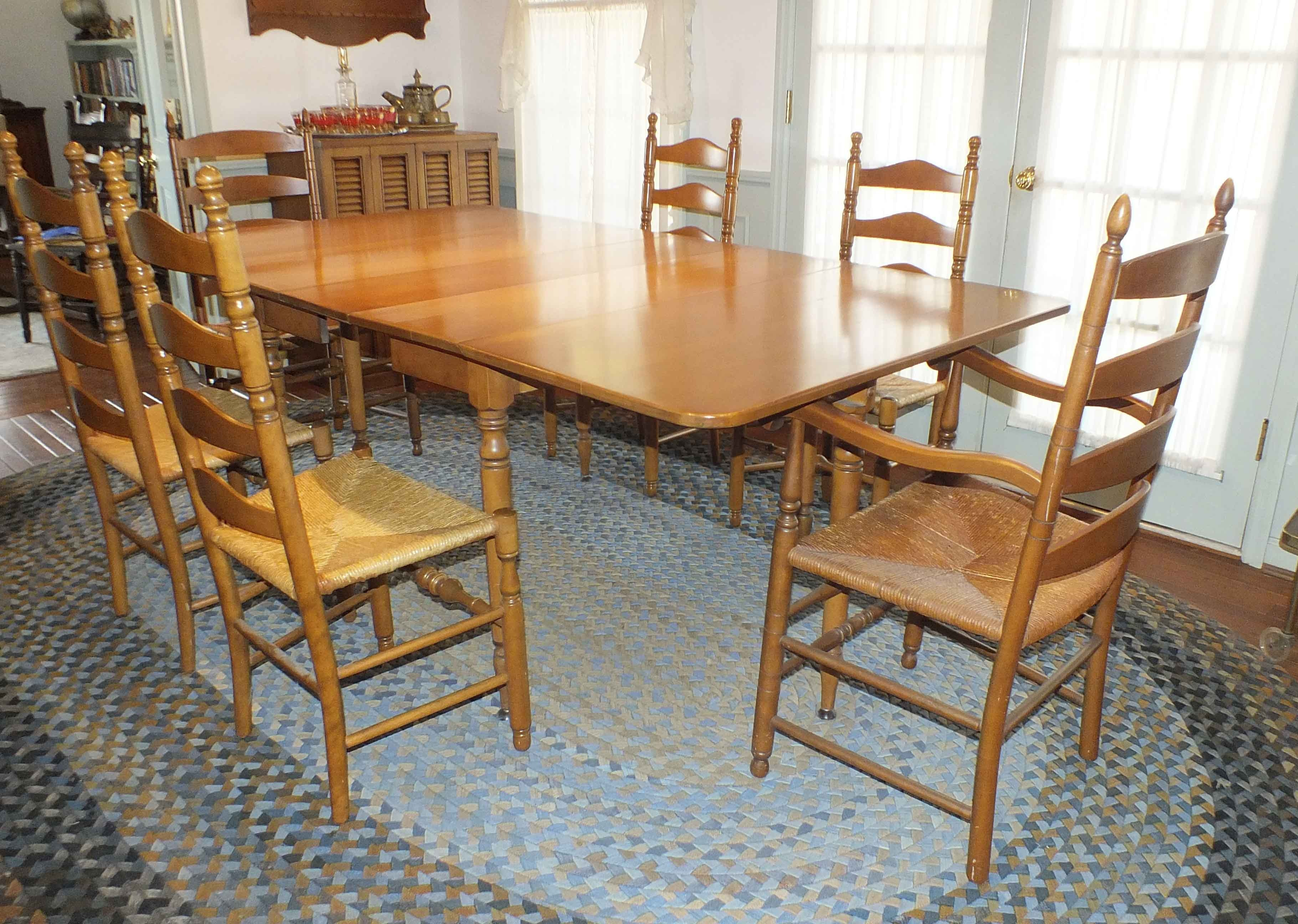 Maple Kitchen Table With Chair And Bench Ebth: Maple Gate Leg Dining Table And Chairs : EBTH