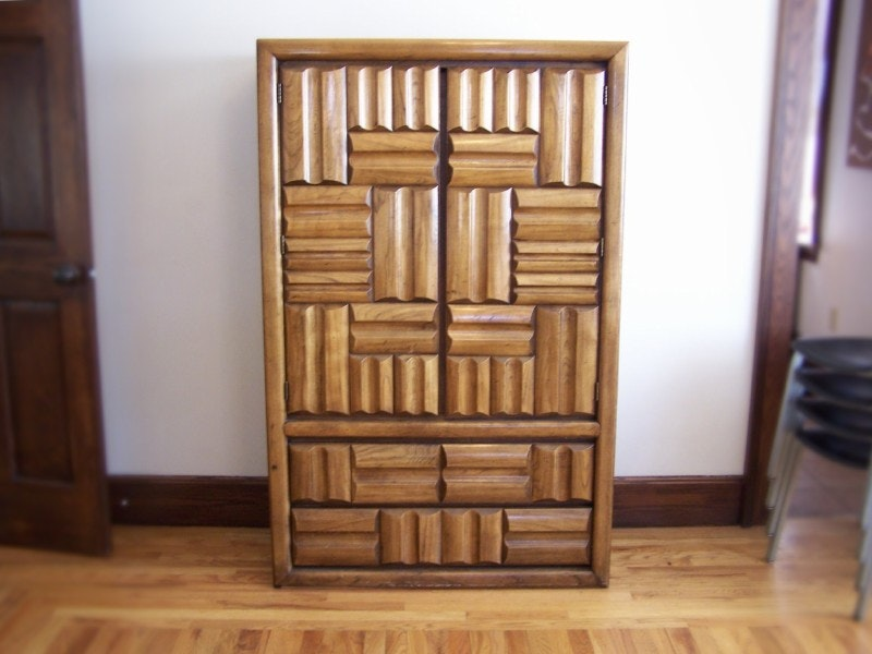 Exceptionnel Vintage Lane Furniture Clothing Armoire ...