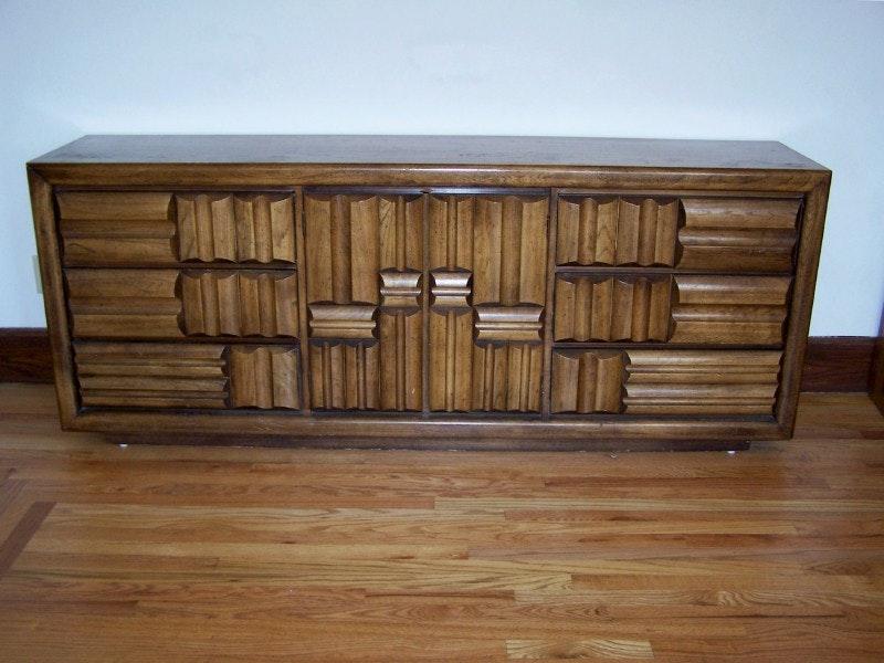 Vintage Lane Furniture Low Dresser In Paul Evansu0027 Style ...