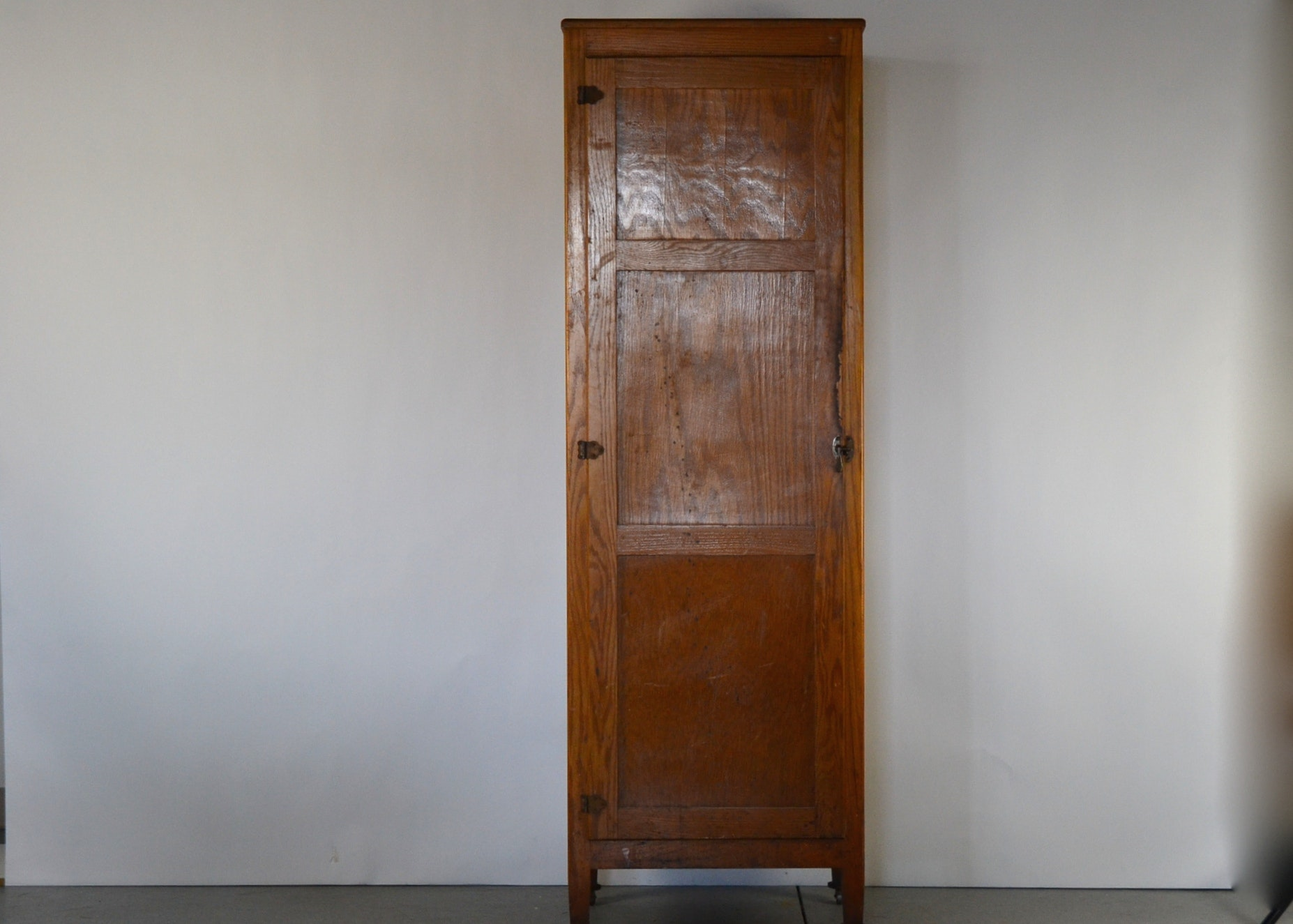 Attirant Antique Chimney Cabinet; 1x1 ...
